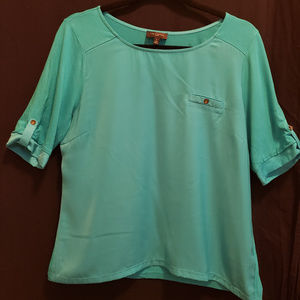 Limited Camp Style Top Size Large Petite